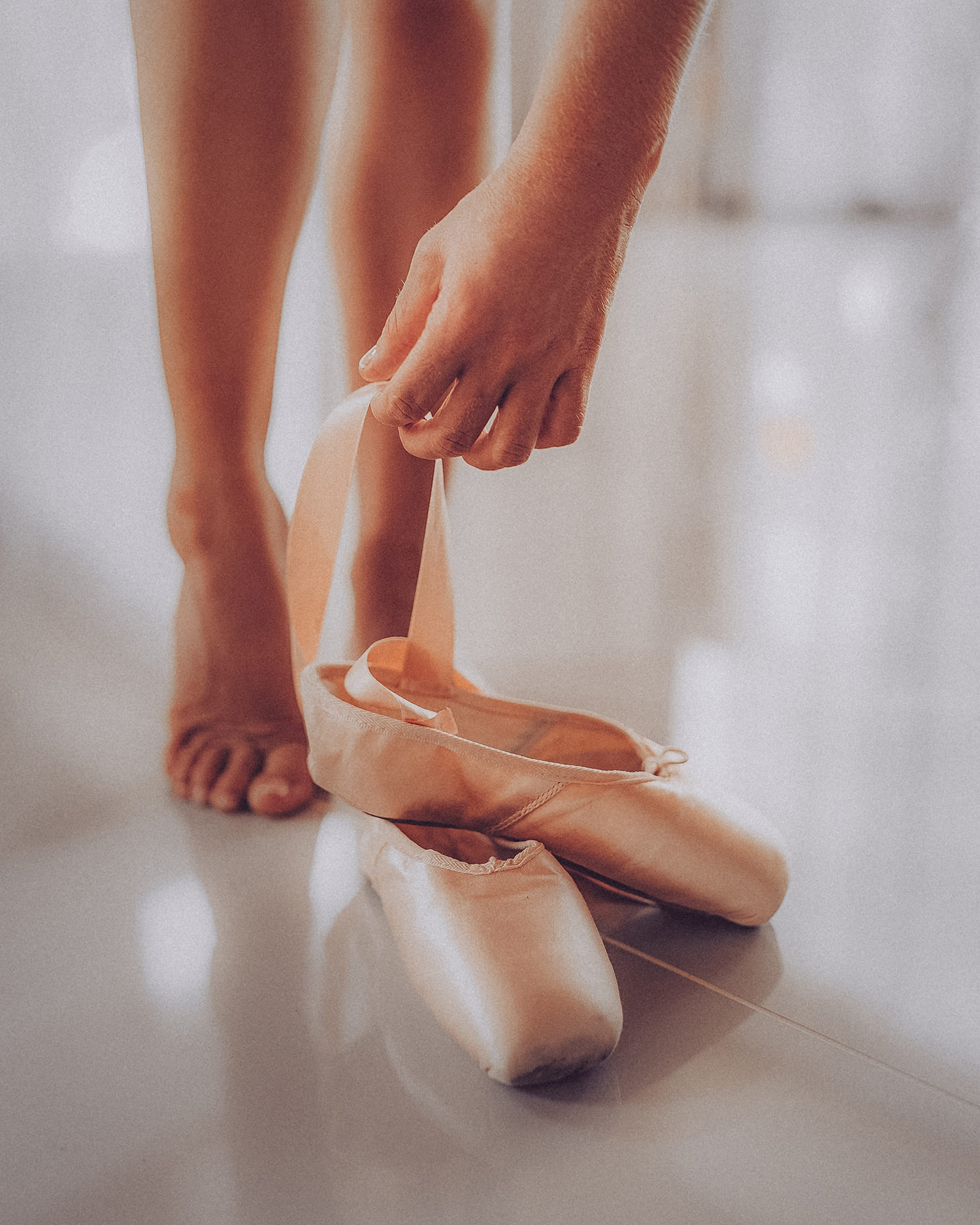 sticker-strike-julia-legs-1