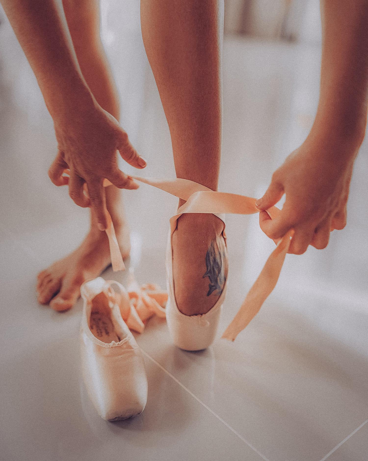 sticker-strike-julia-legs-5
