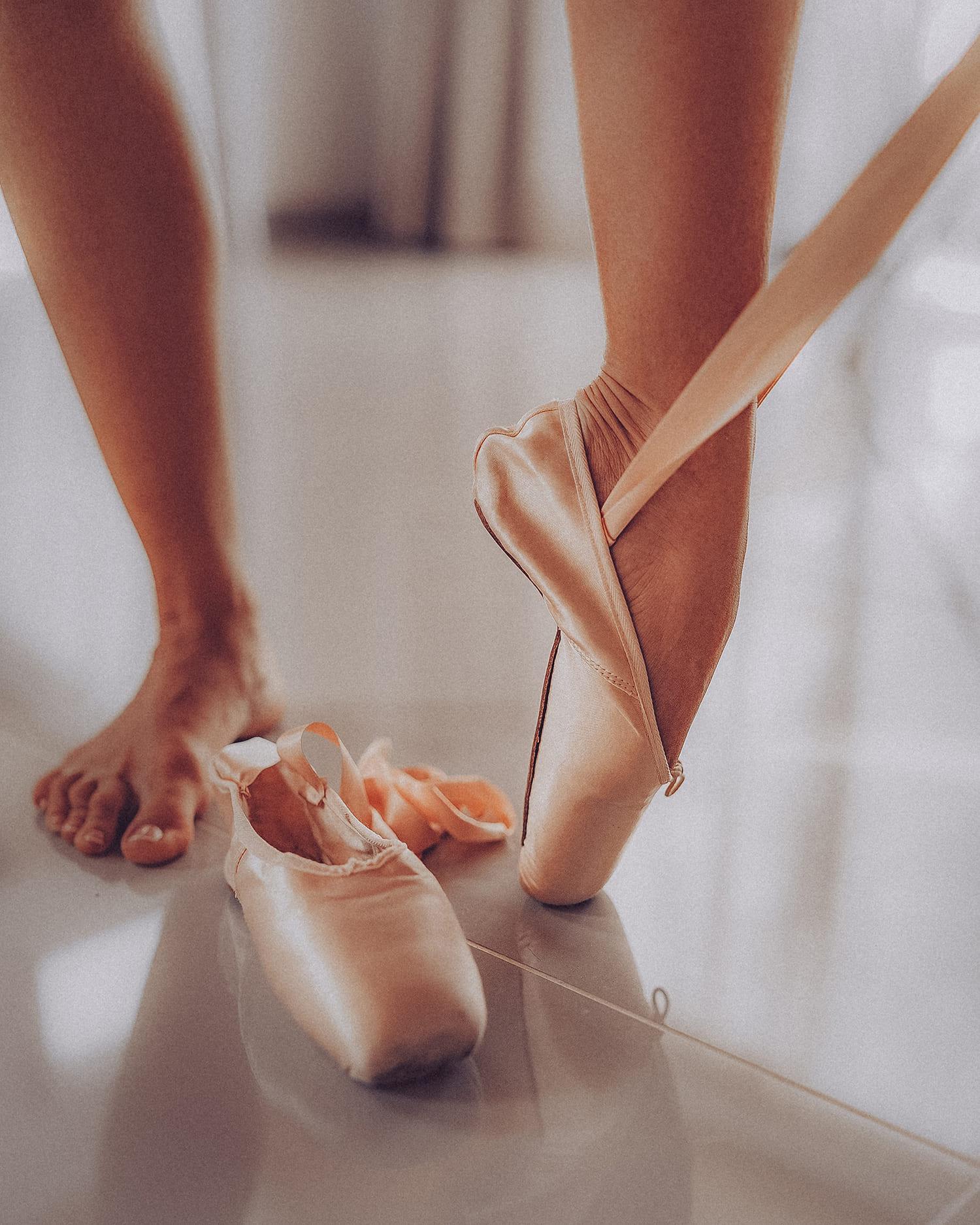 sticker-strike-julia-legs-8